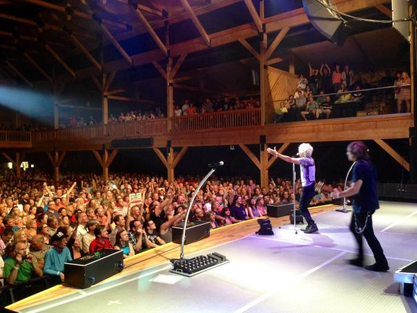 Kevin Cronin surveys the kingdom. (Photo by REO Speedwagon).